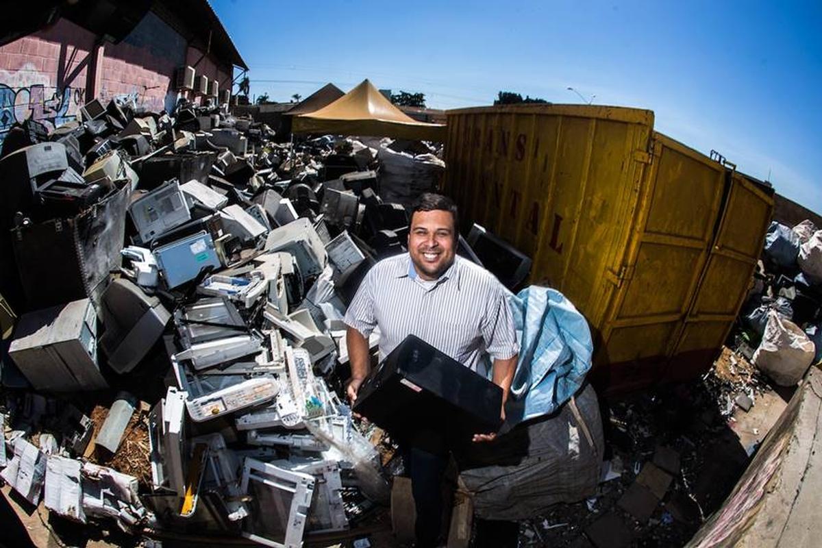 Doação Materiais Eletroeletrônicos para Recicláveis