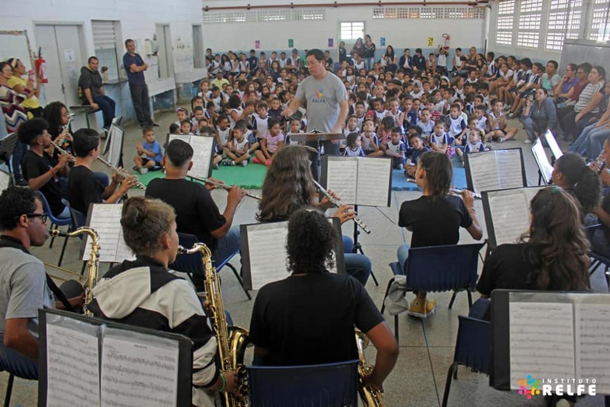Concertos Didáticos em Escolas Municipais