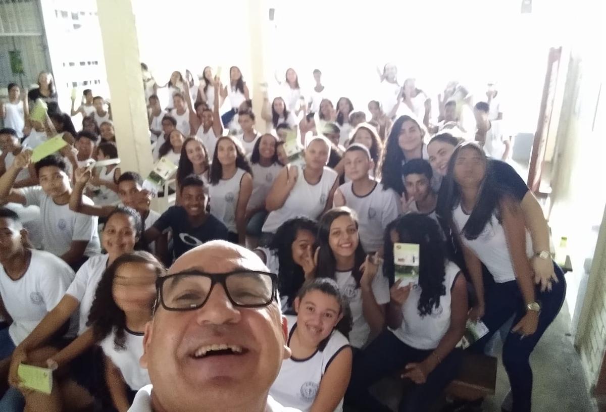 CIPA NV levando energia para a Escola Dr. Edir Macedo