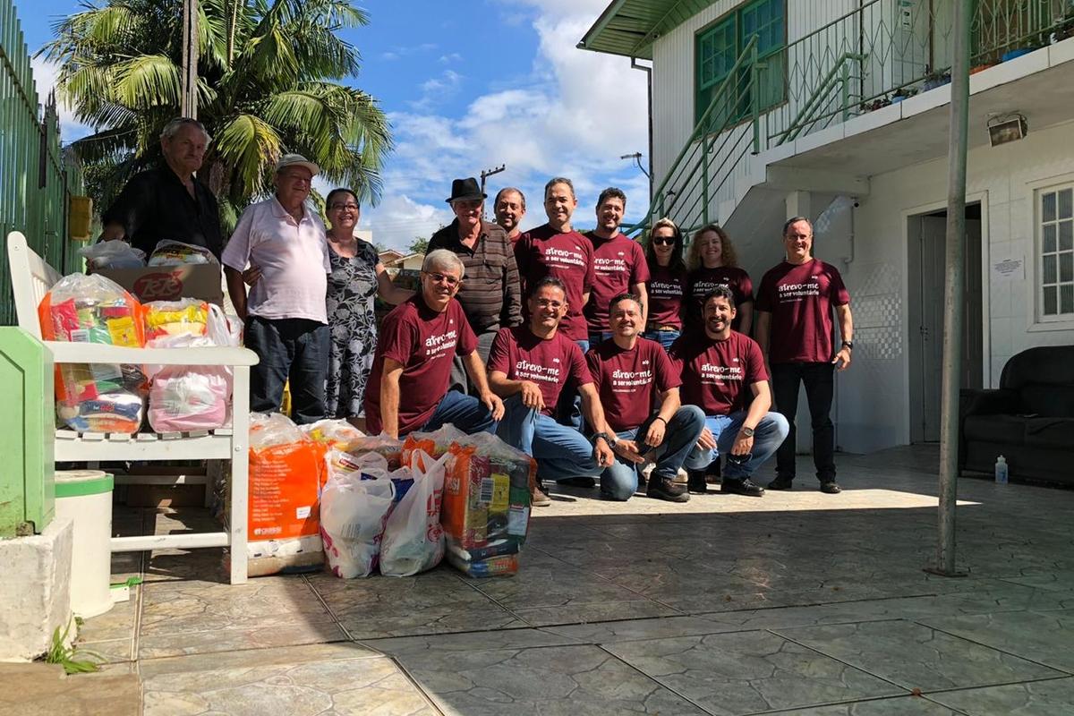 Voluntários da EDP Aliança realizam Ação Solidária em Asilo