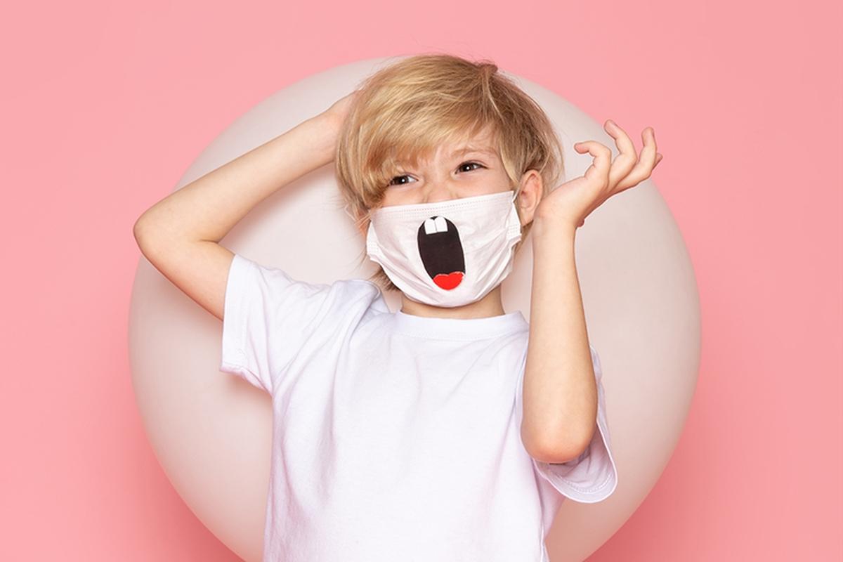 Concurso de máscaras de proteção criadas por crianças