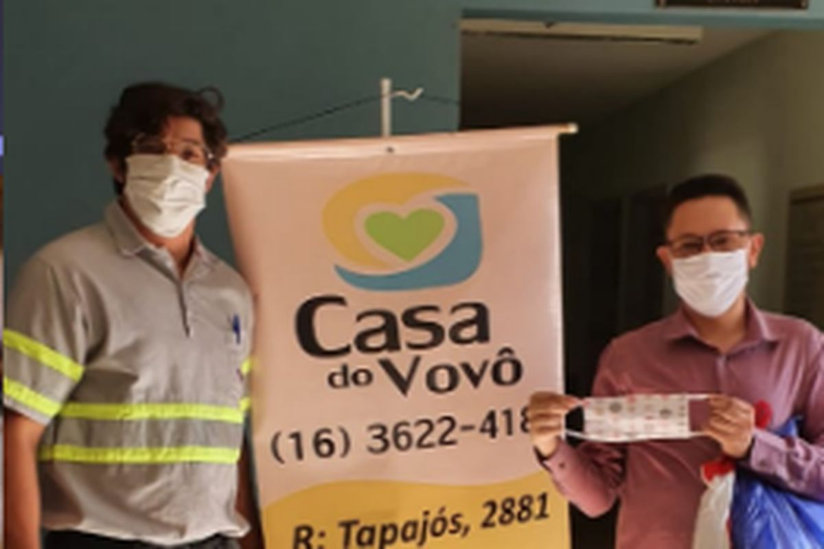 Ribeirão: Enrega de 250 máscaras de tecido