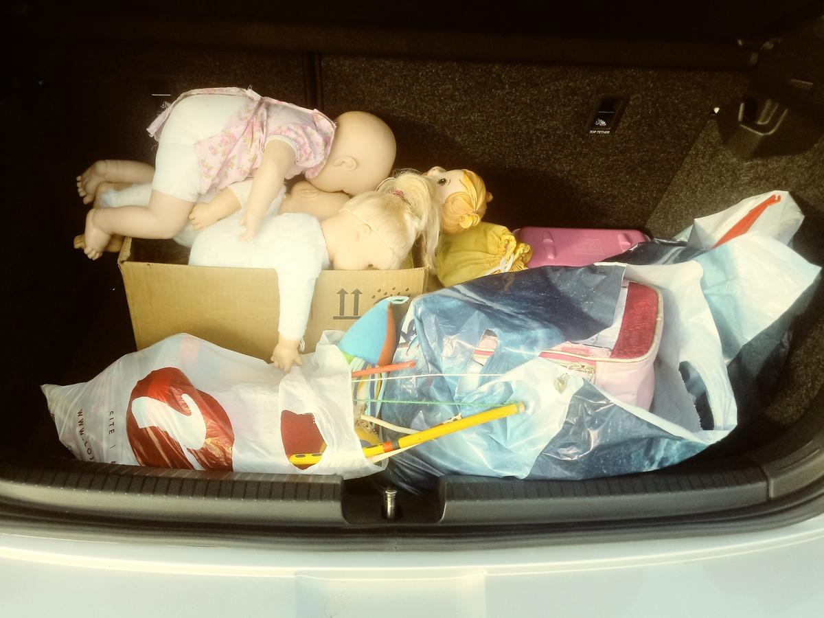 Entrega de brinquedos em creche