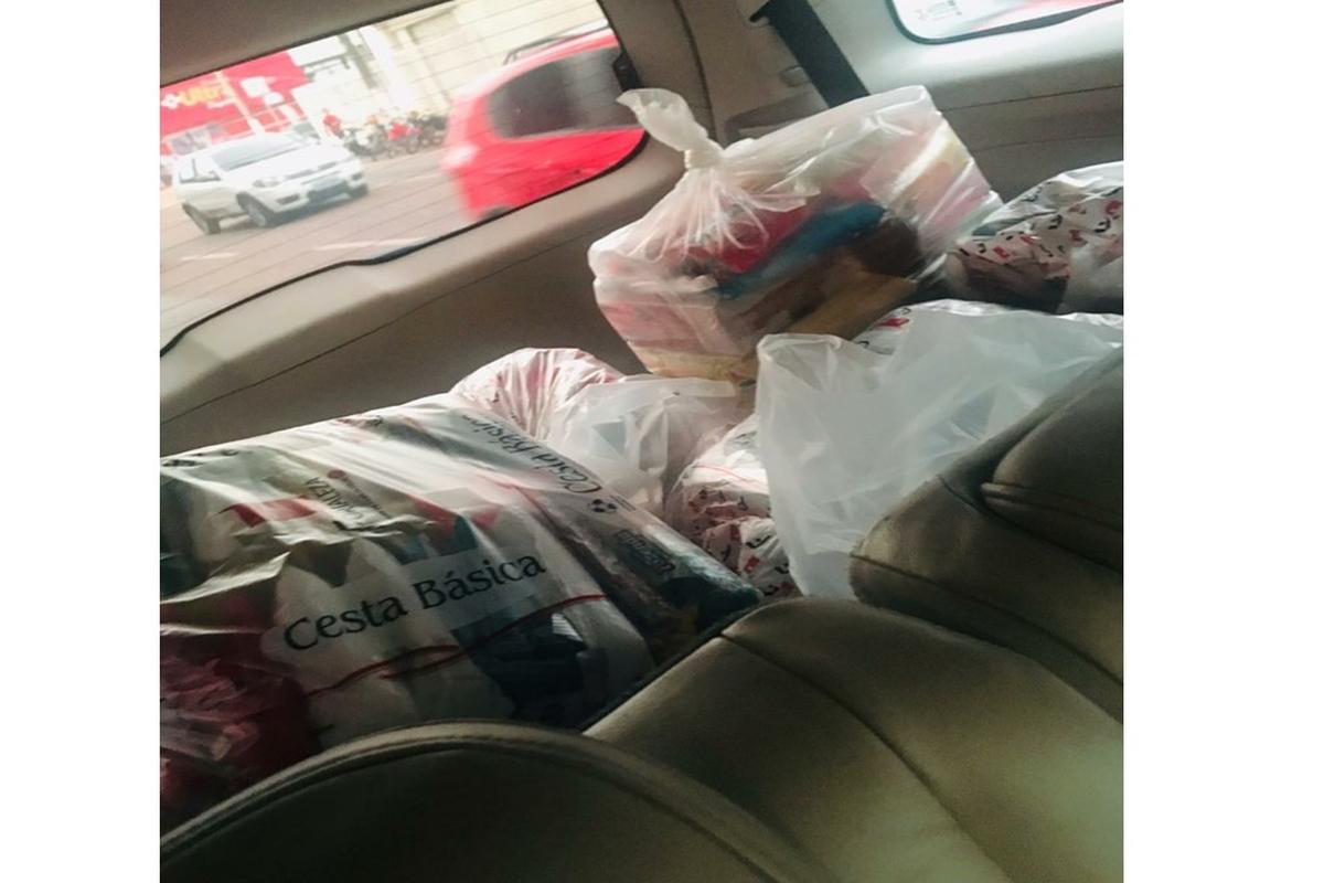Arrecadação de cestas básicas