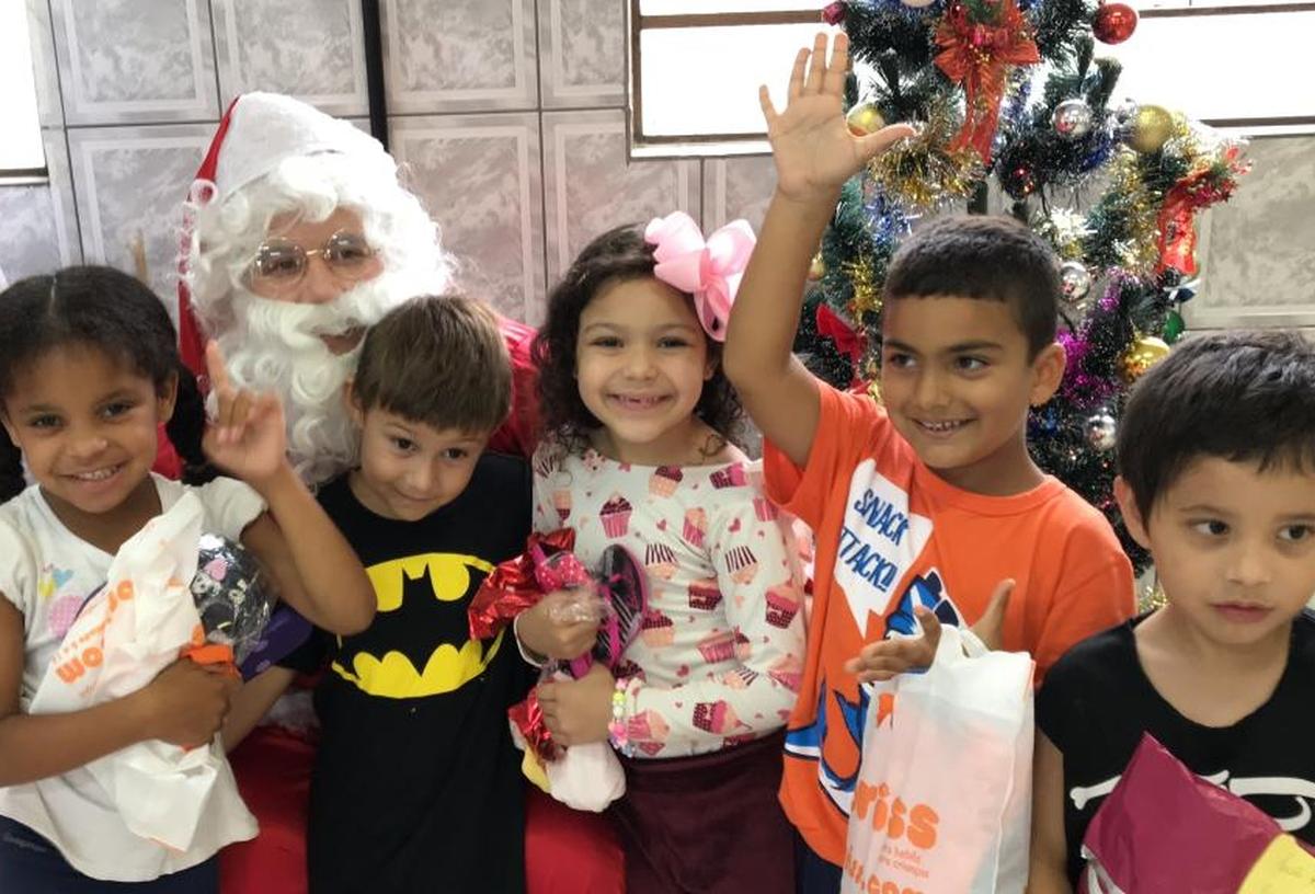 Campanha Arrecadação de Natal Patinho Feio