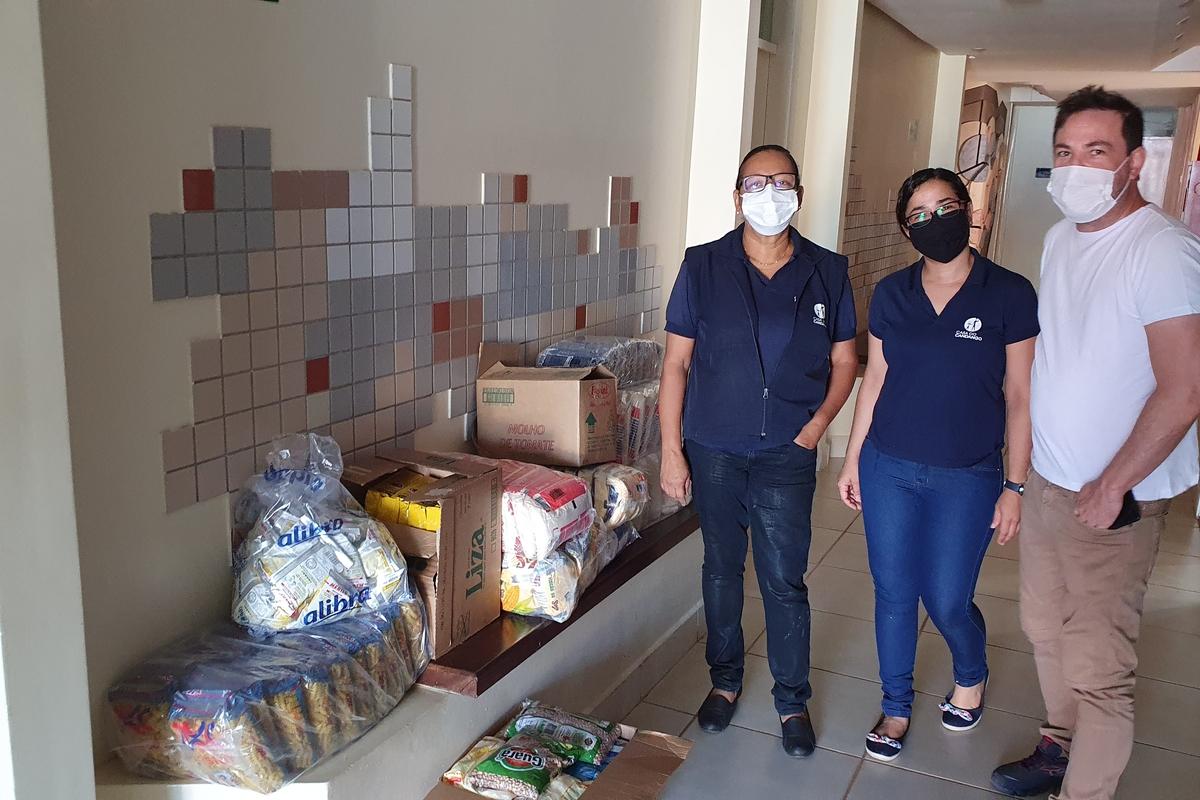 Doação de Alimentos - Casa do Candango