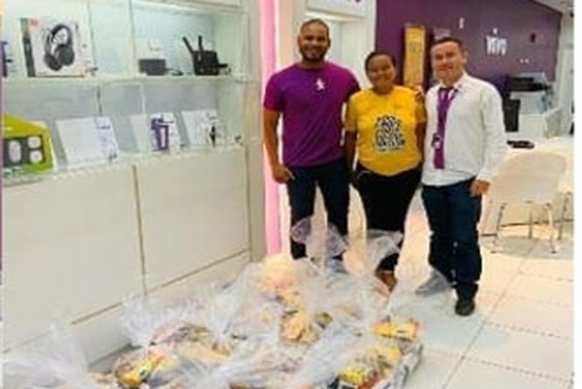 Entrega das doações para as vítimas das enchentes