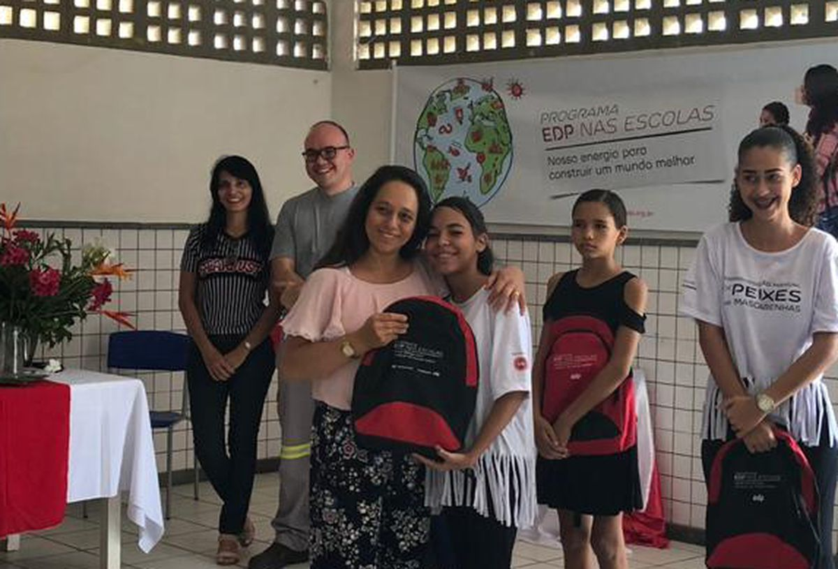 Entrega de kits escolares -  EMEIEF Aládia Trindade Paiva