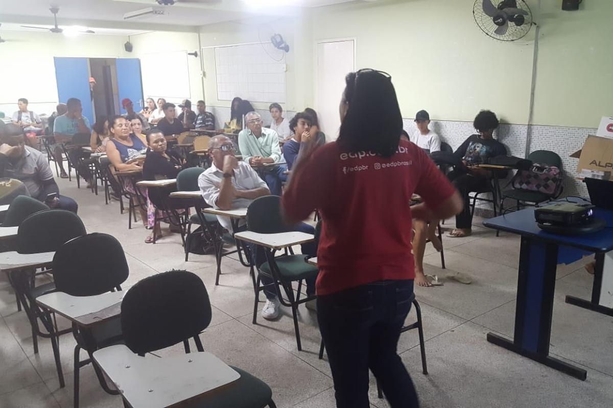 DIÁLOGO COM A COMUNIDADE   DO JARDIM BOTÂNICO