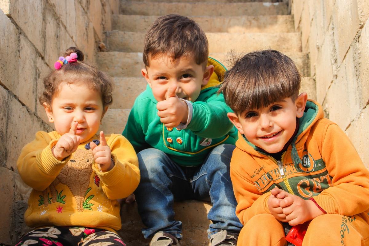 Eu contribuo com a causa: Alimentação de crianças – MG