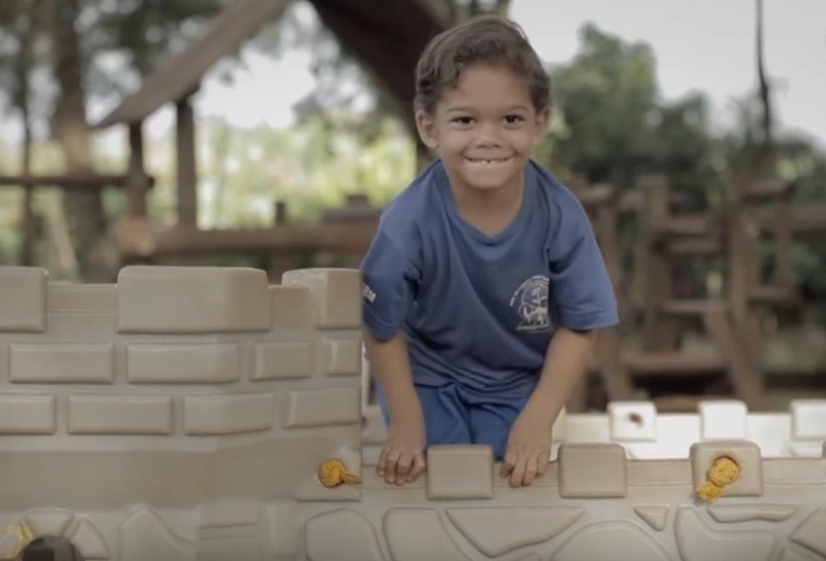 Apoiamos ideias inovadoras em educação com até R$ 40 mil em nossas parcerias sociais.
