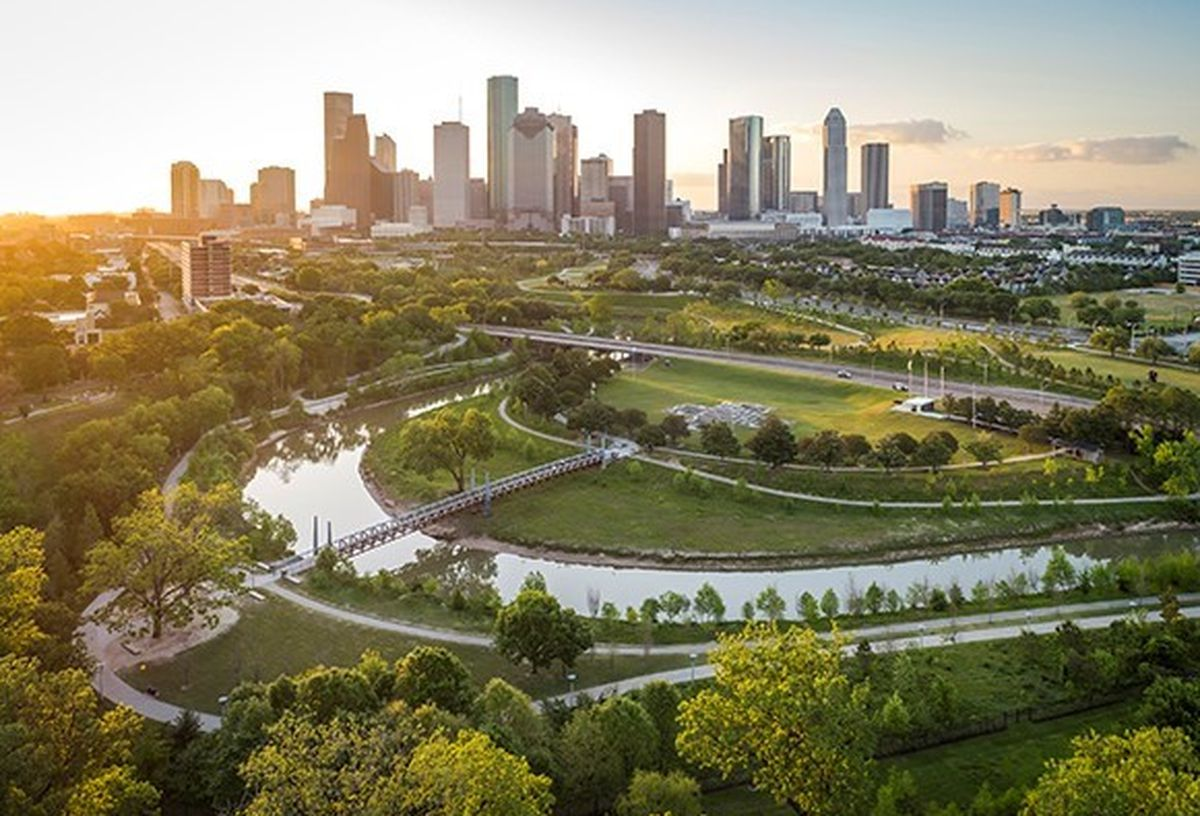Buffalo Bayou Park Clean Up at Houston Police Memorial