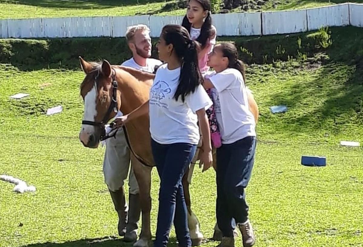 Equosorriso Equitação e Equoterapia